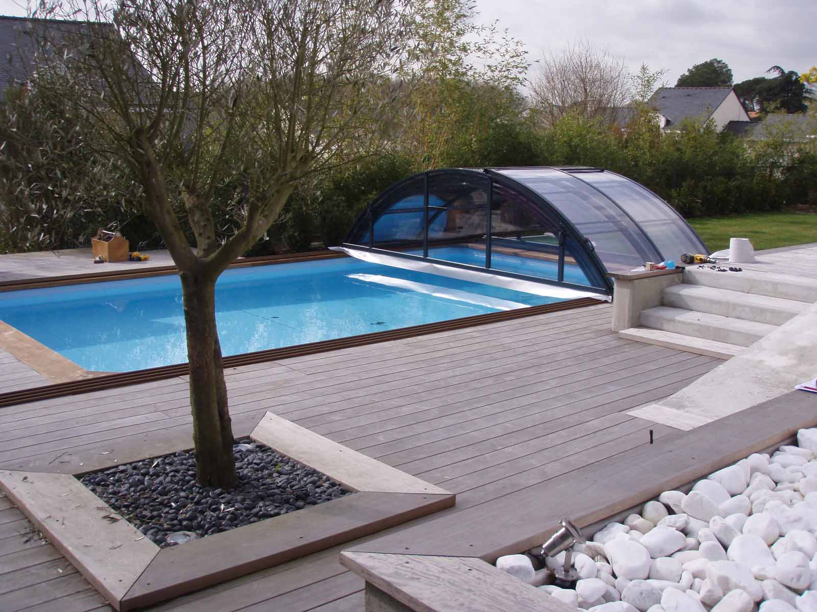 amenagement piscine avec dome