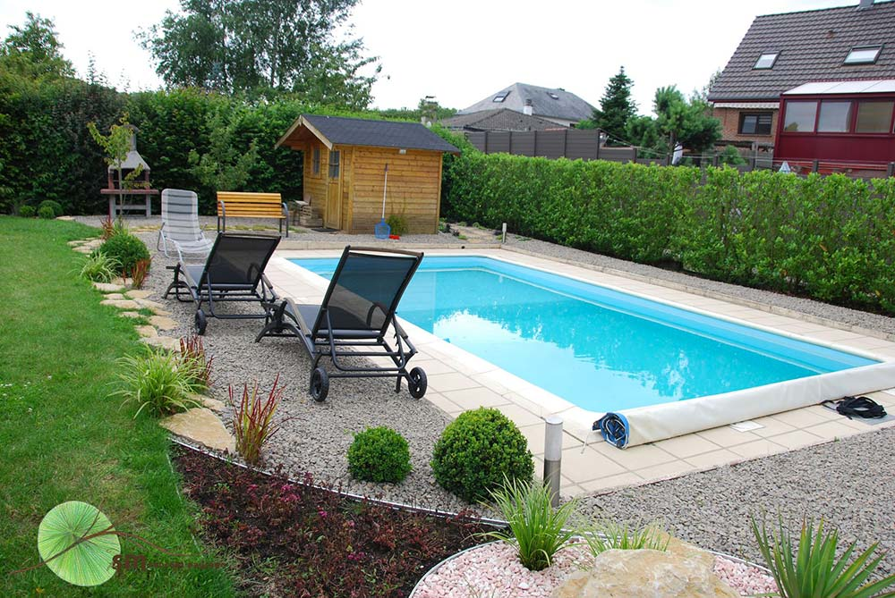 amenagement piscine avec gravier