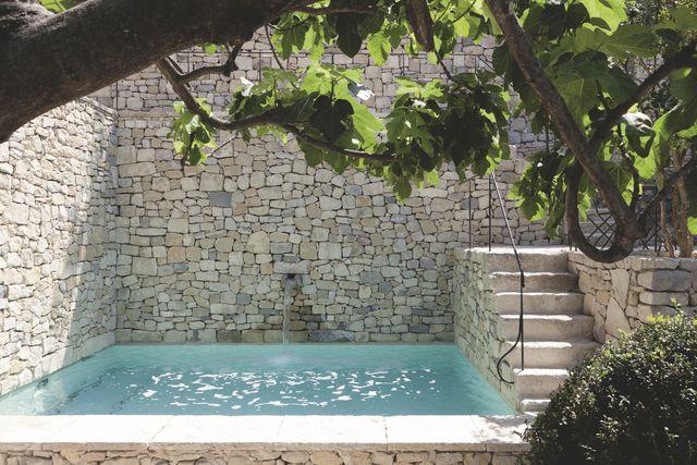 Avobe Ground Pool Decor