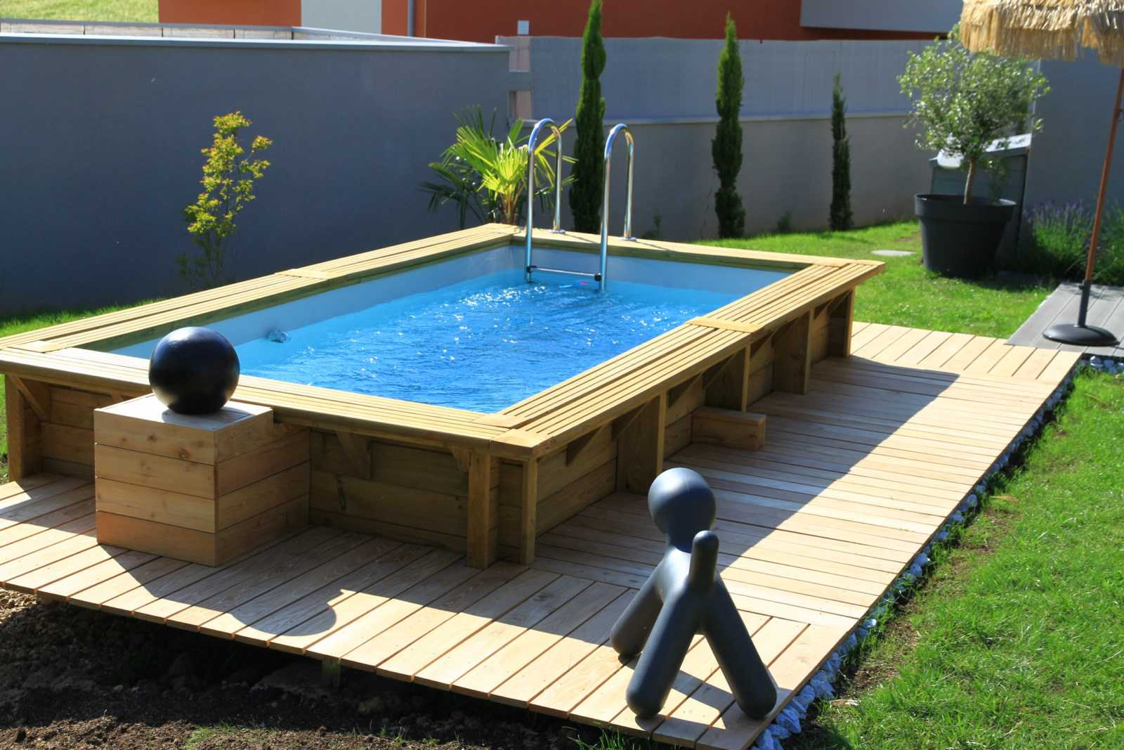 Amenagement piscine bois - Decoration de piscine hors sol ...