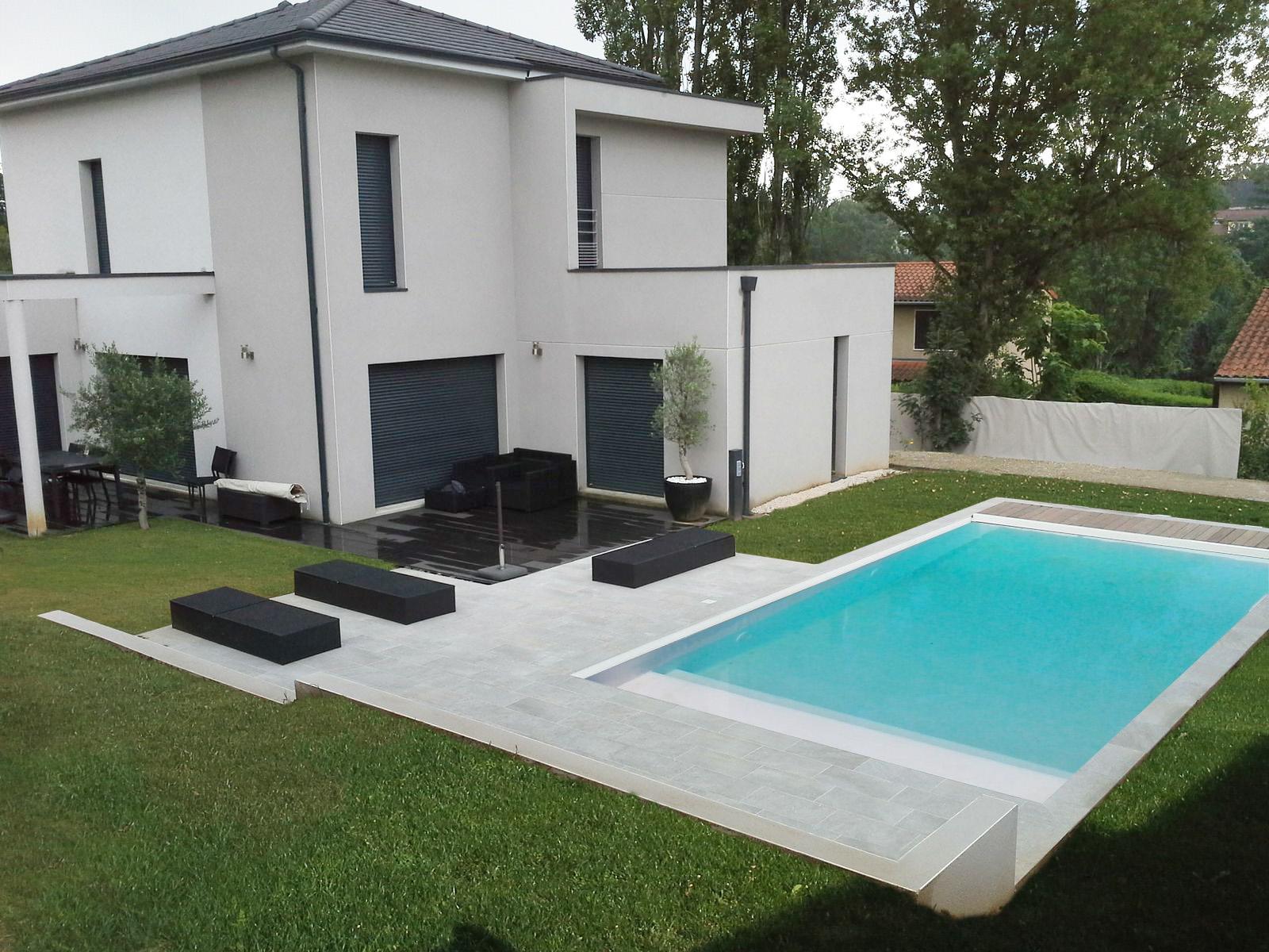 amenagement piscine contemporaine. Black Bedroom Furniture Sets. Home Design Ideas
