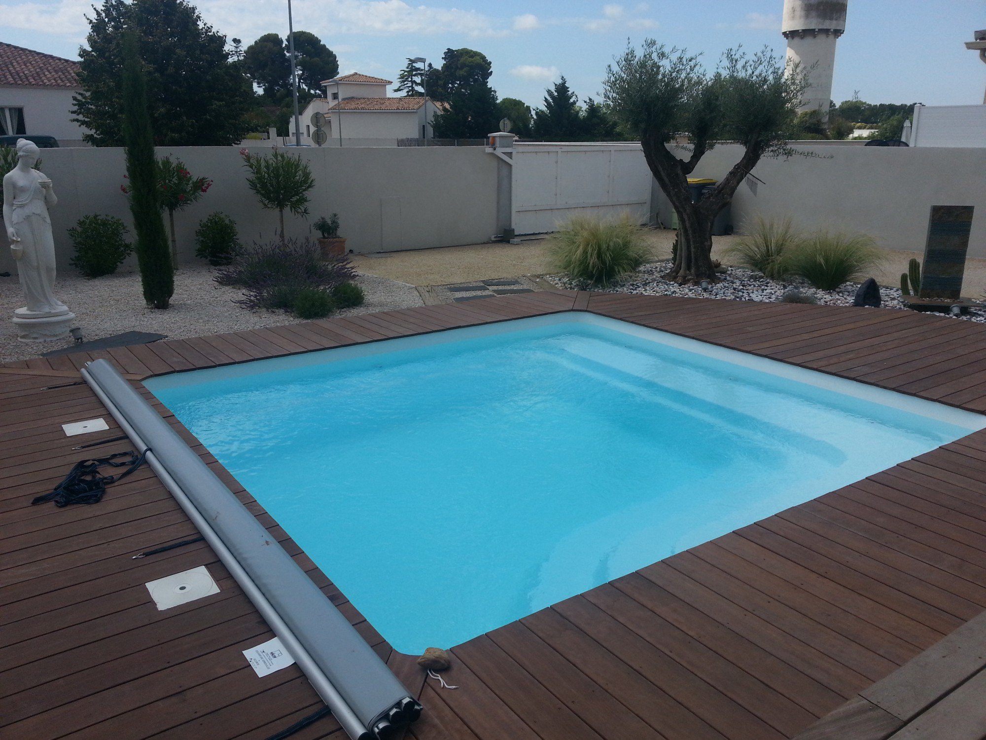 amenagement piscine coque