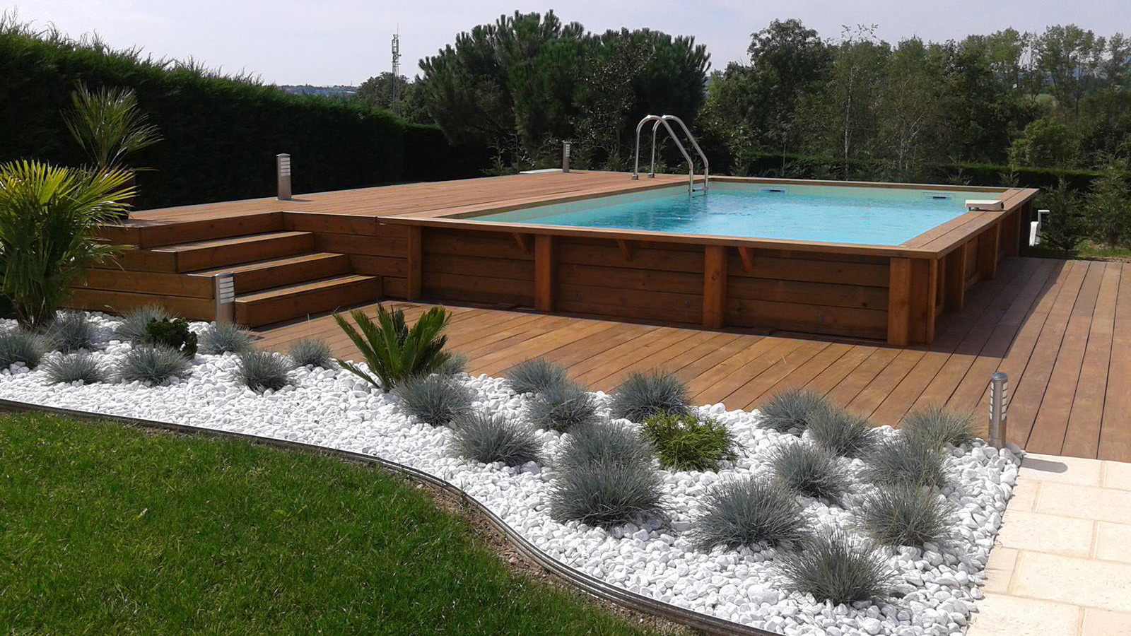 Amenagement piscine en bois hors sol - Choix piscine hors sol ...