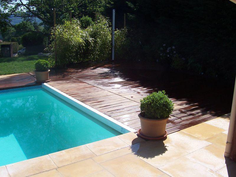 Amenagement piscine galets - Amenagement terrasse piscine ...