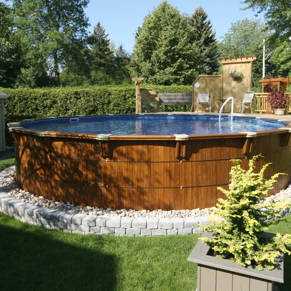 Amenagement piscine hors terre - Amenagement tour de piscine ...
