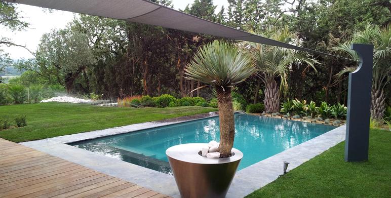 amenagement piscine jardin paysager