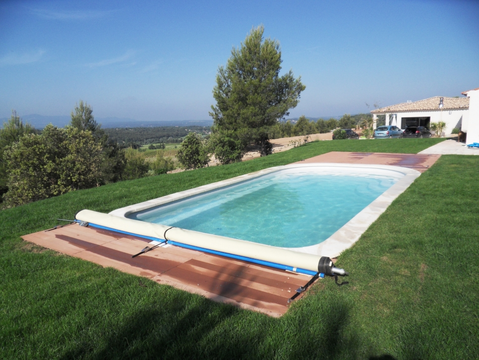 amenagement piscine pelouse