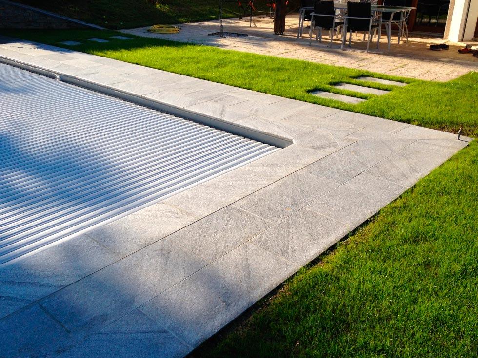 amenagement piscine pierre naturelle. Black Bedroom Furniture Sets. Home Design Ideas