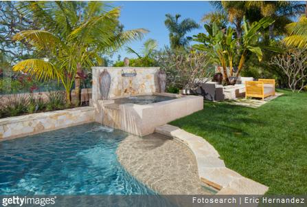 Amenagement piscine plante - Amenagement autour d une piscine ...