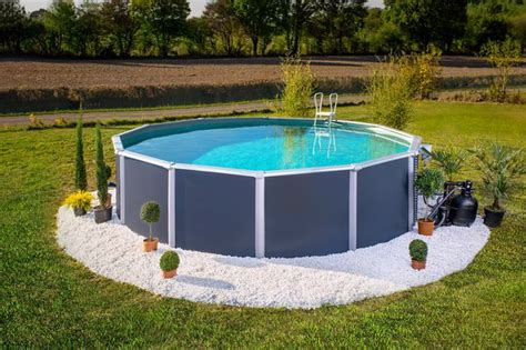 Amenagement piscine ronde hors sol - Decoration de piscine hors sol ...