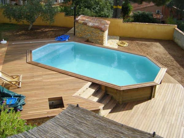 amenagement piscine semi enterre. Black Bedroom Furniture Sets. Home Design Ideas