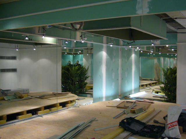 amenagement piscine sous sol. Black Bedroom Furniture Sets. Home Design Ideas