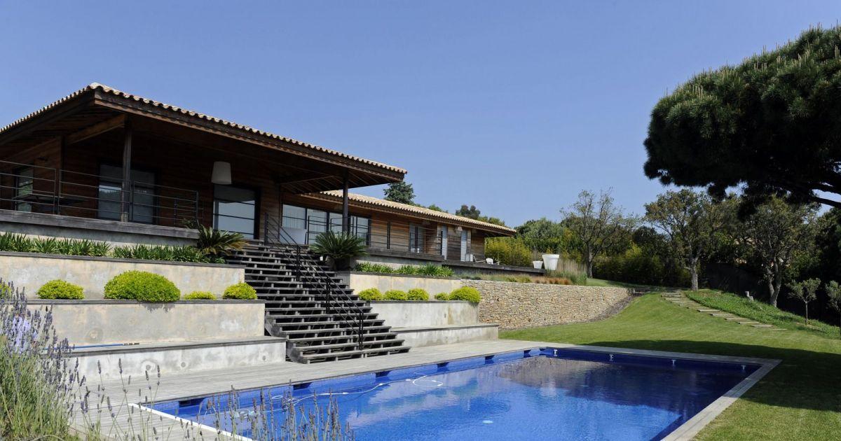 Amenagement piscine terrain en pente - Piscine pente terrain nice ...