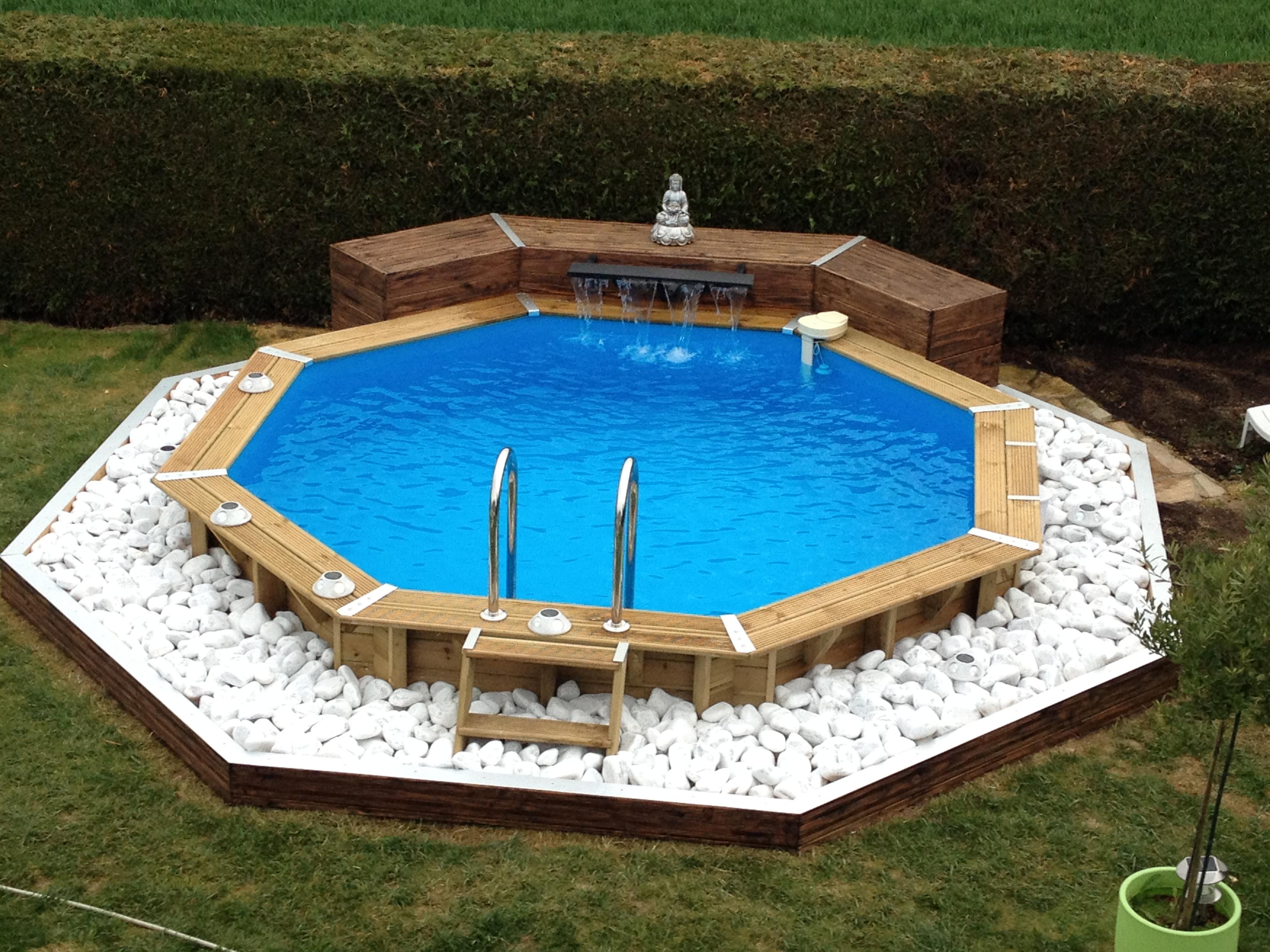 cascade piscine acier