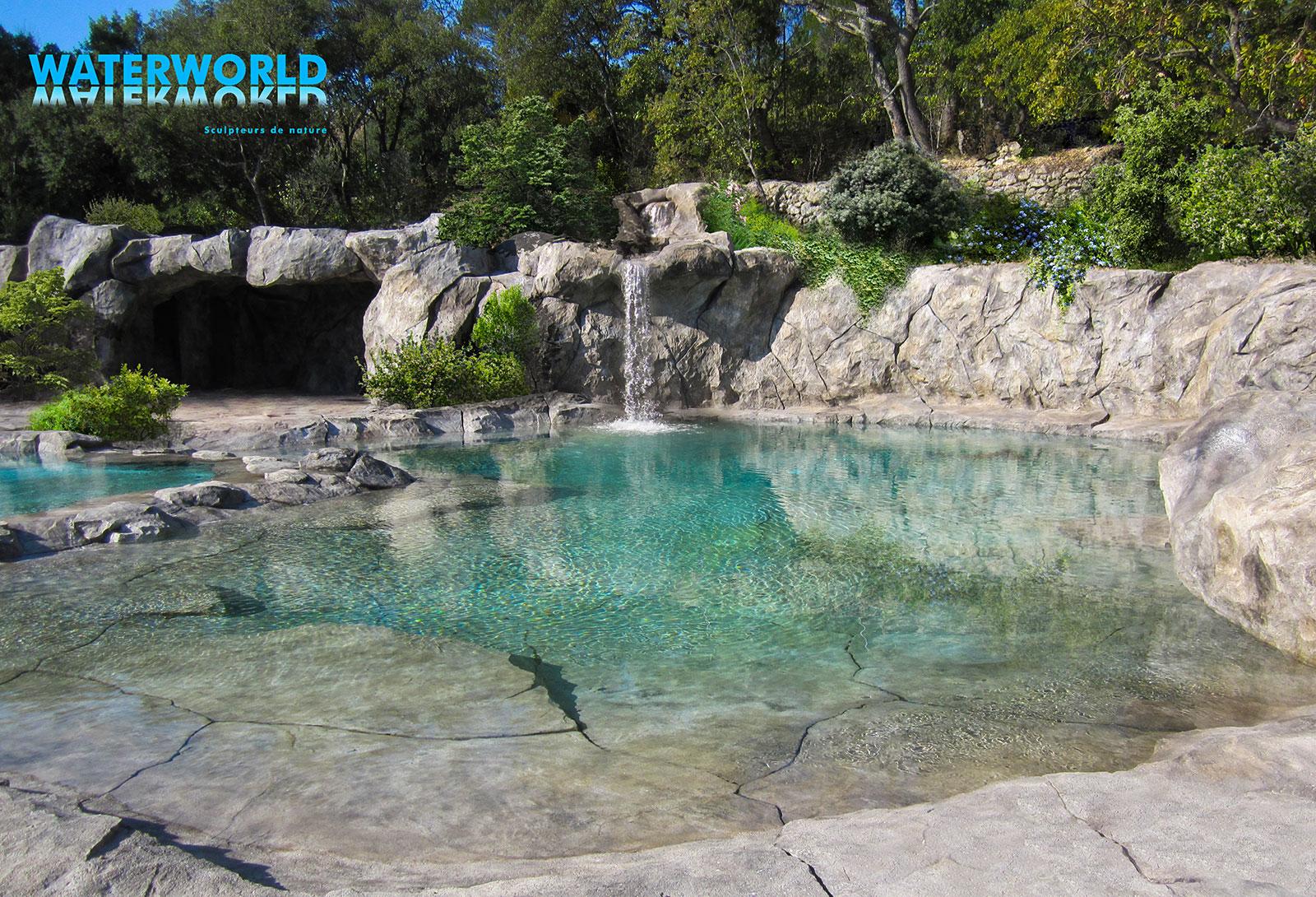 cascade piscine creusee