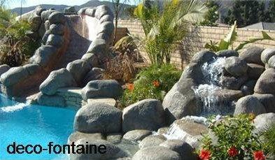 cascade piscine en pierre
