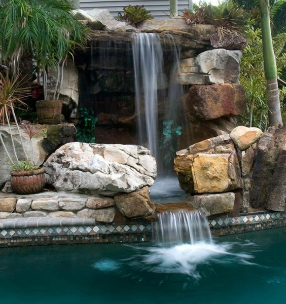 Cascade piscine en pierre - Cascade d eau piscine ...