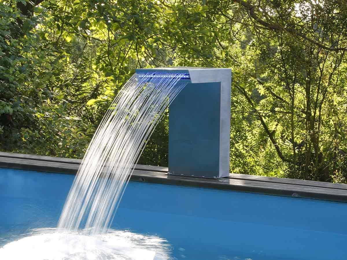 cascade piscine plastique