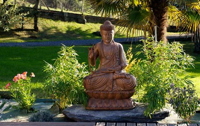 Deco piscine avec bouddha - Statue bouddha exterieur pour jardin ...