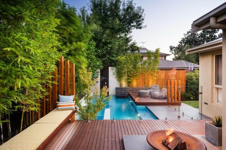 deco piscine bambou