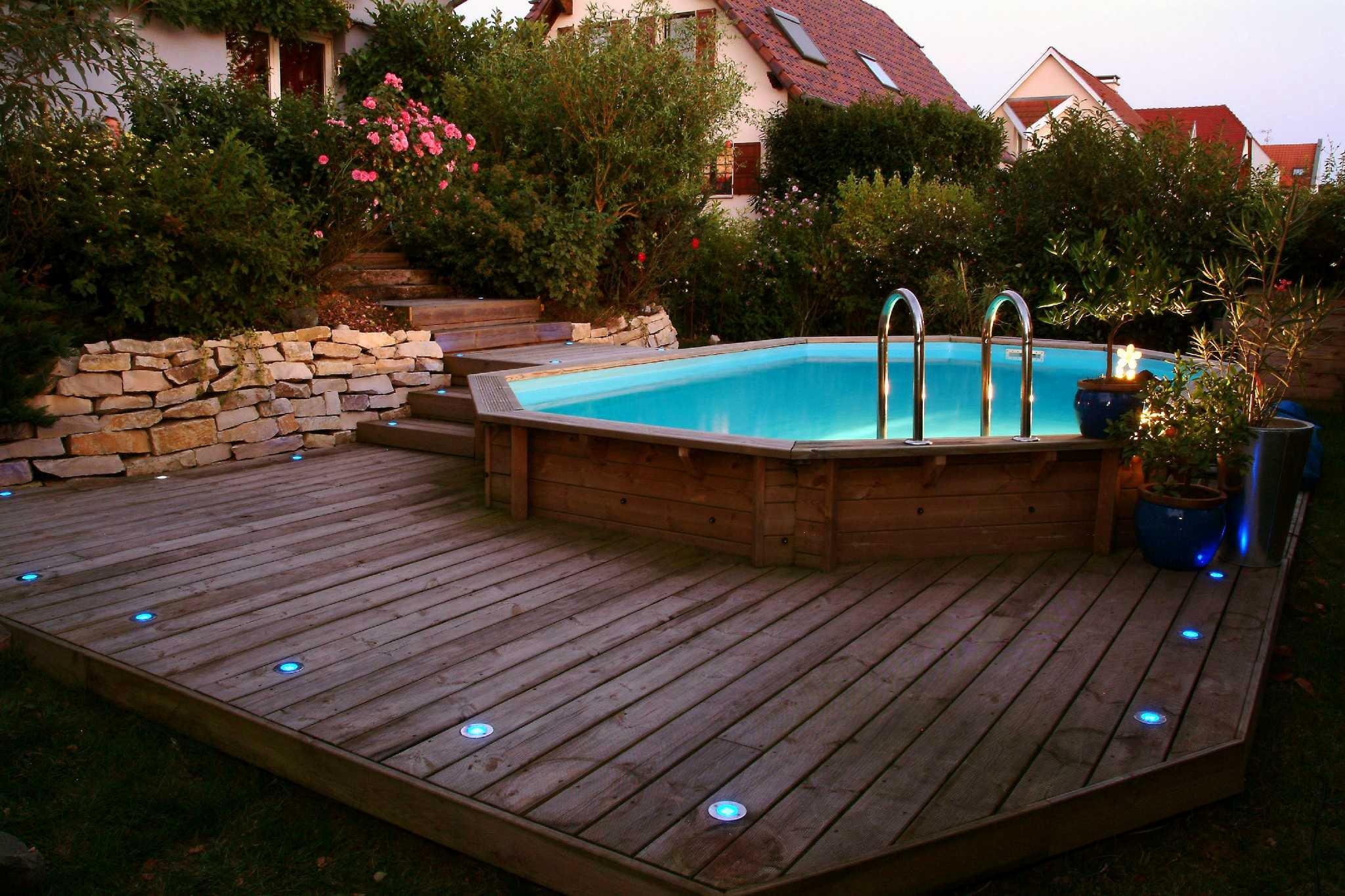 deco piscine en bois