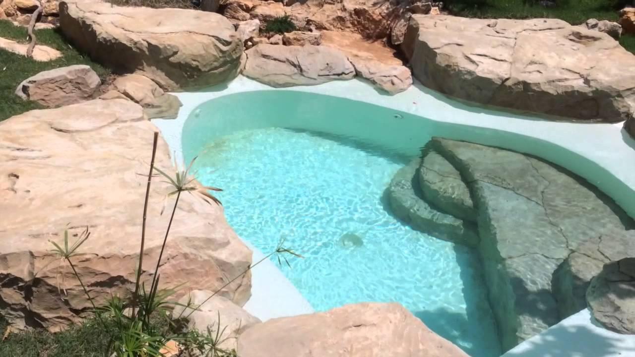 deco piscine faux cailloux