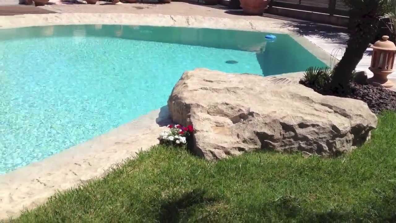 deco piscine faux rochers