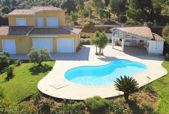 Deco piscine haricot - Deco autour de la piscine ...