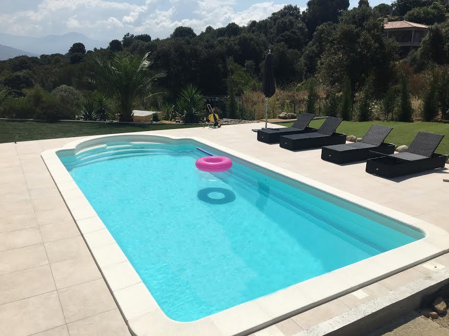 eclairage piscine 8x4. Black Bedroom Furniture Sets. Home Design Ideas