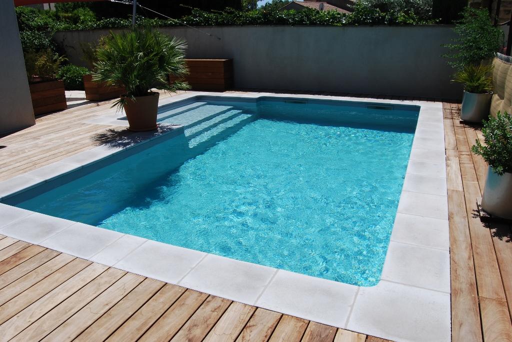 eclairage piscine bois pas cher