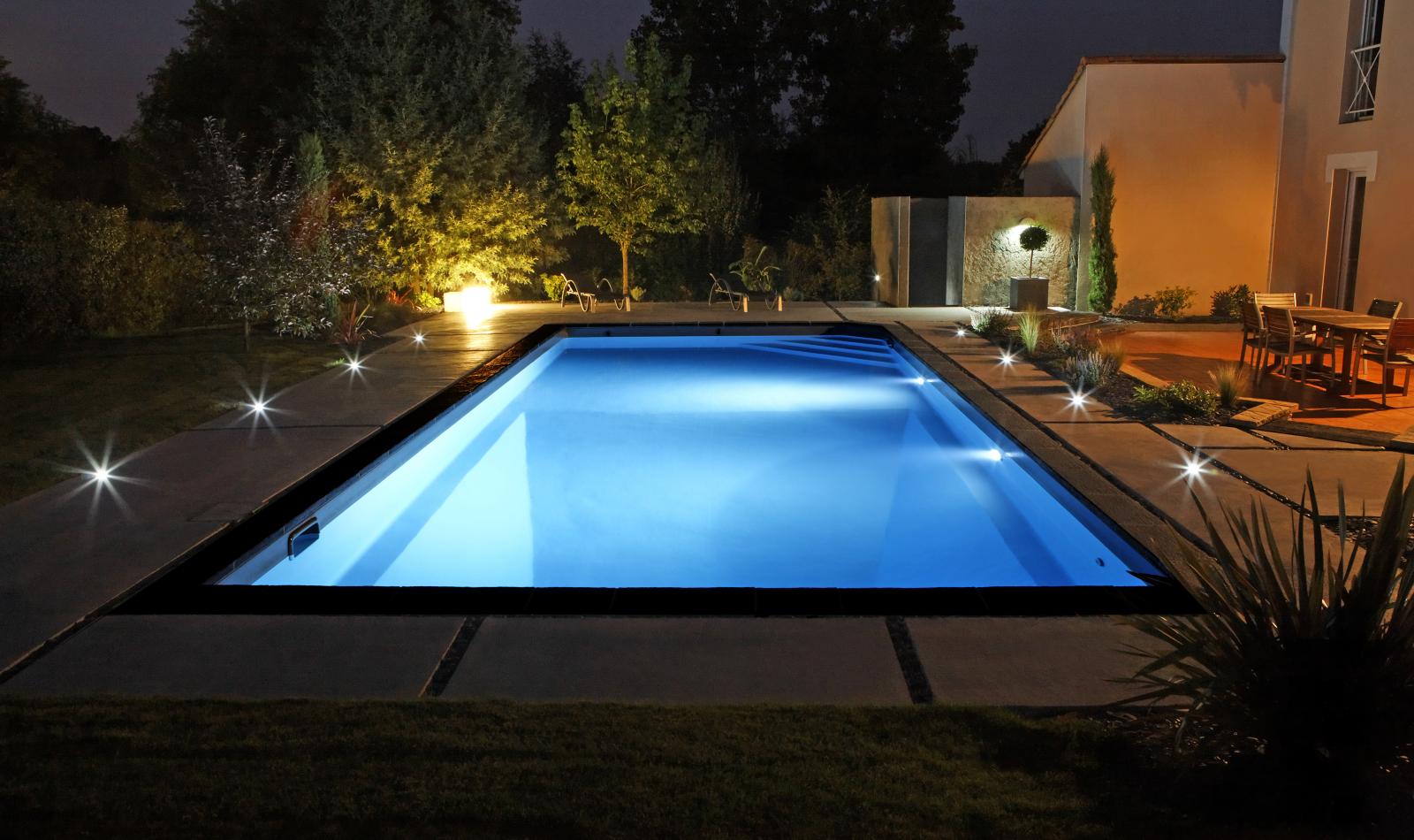 eclairage piscine caron
