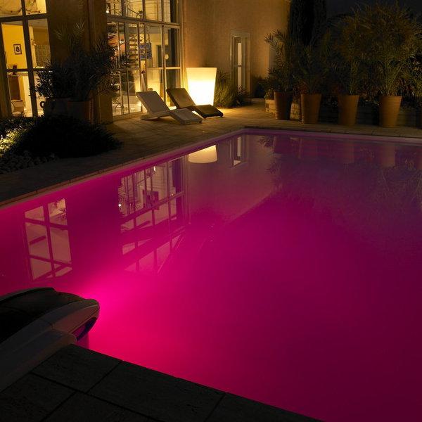 eclairage piscine couleur
