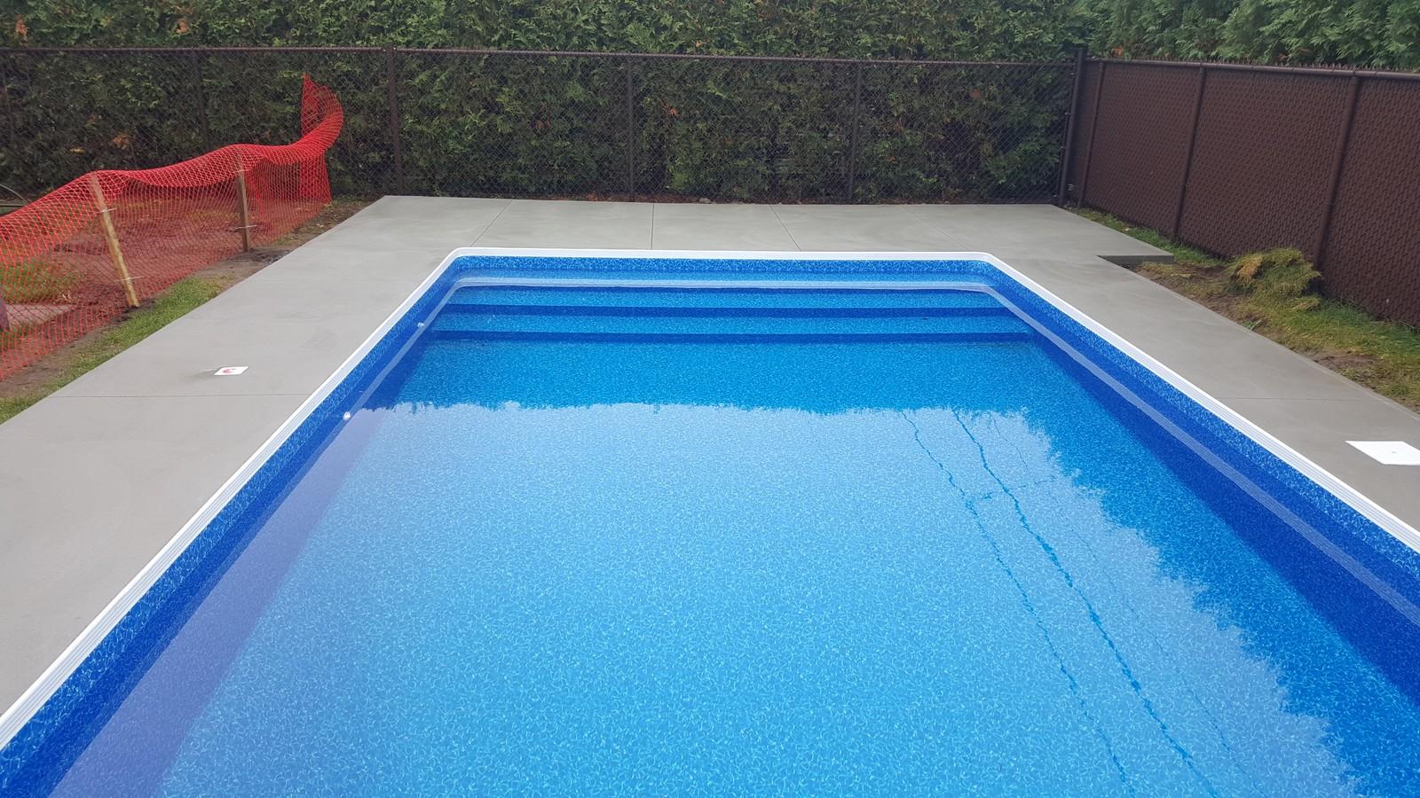 eclairage piscine creusee