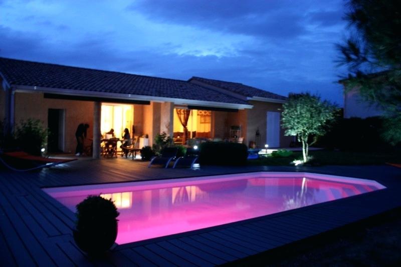 eclairage piscine led couleur. Black Bedroom Furniture Sets. Home Design Ideas