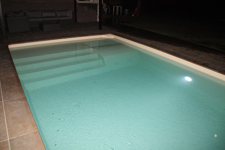 eclairage piscine marche plus