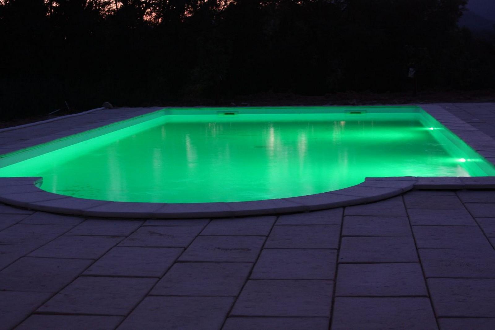 eclairage piscine ruban led