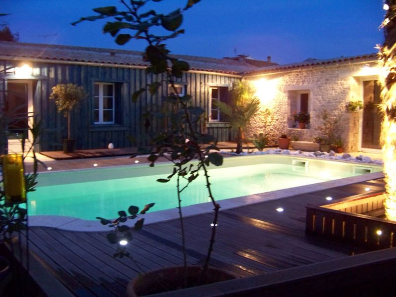 eclairage piscine truffaut