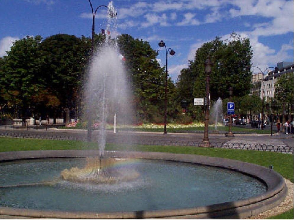 fontaine piscine croissy beaubourg