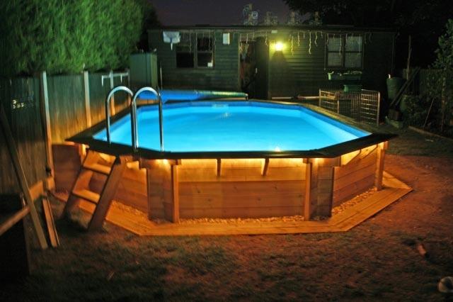 lumiere piscine hors sol bois. Black Bedroom Furniture Sets. Home Design Ideas