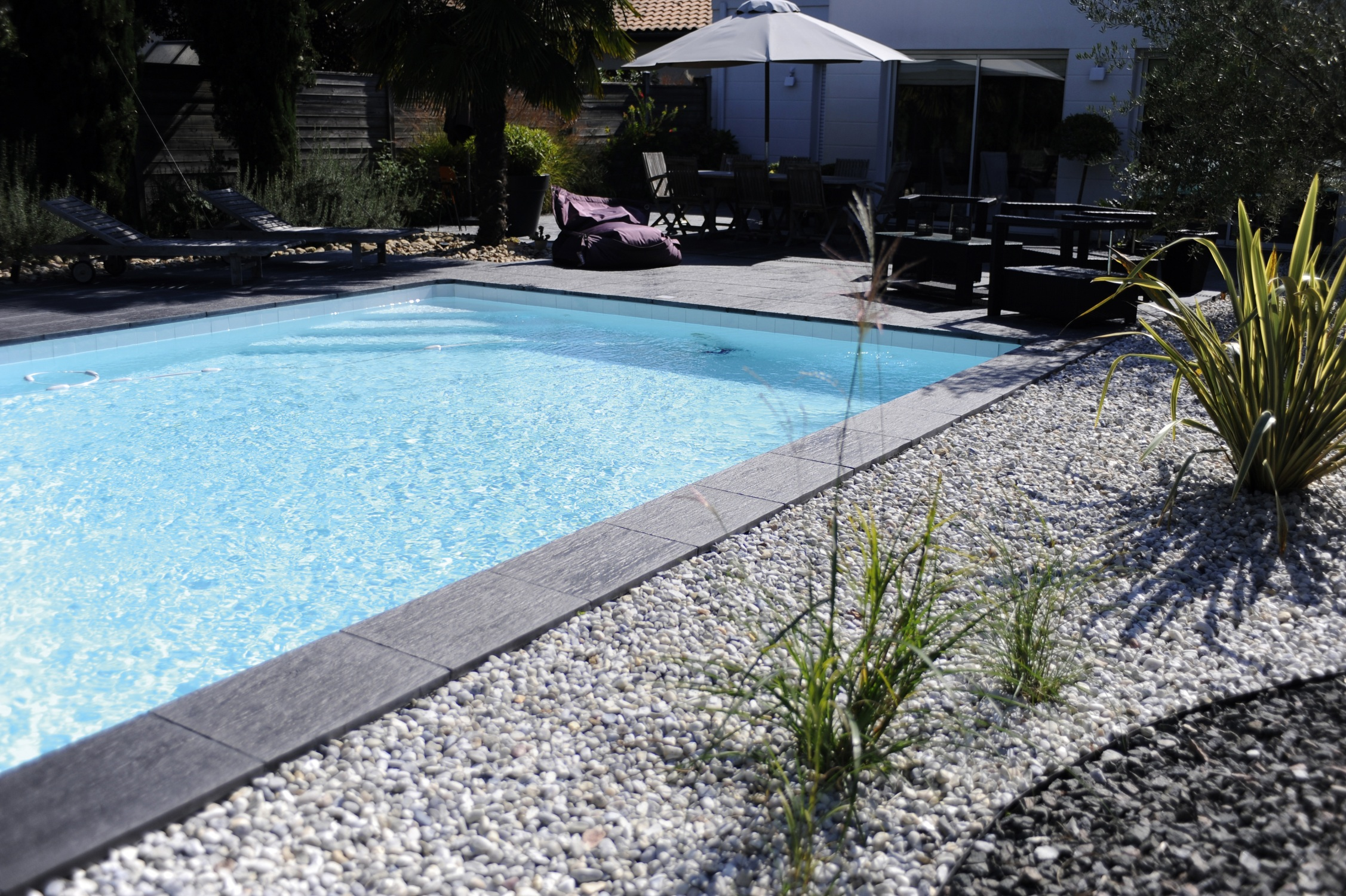 plage piscine ardoise