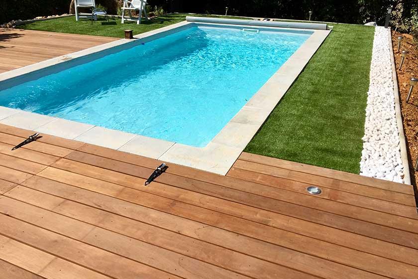 plage piscine bois exotique