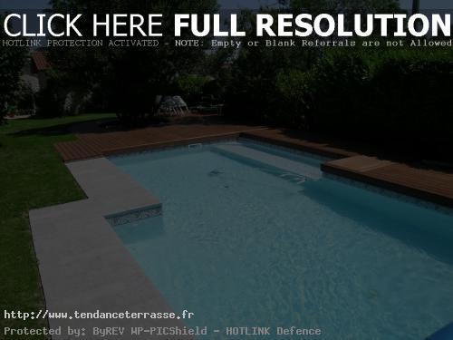 plage piscine bois ou pierre