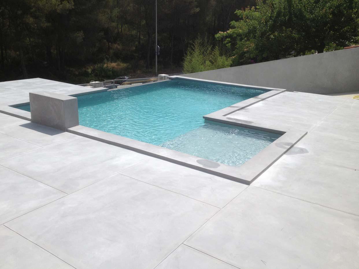 plage piscine ciment. Black Bedroom Furniture Sets. Home Design Ideas