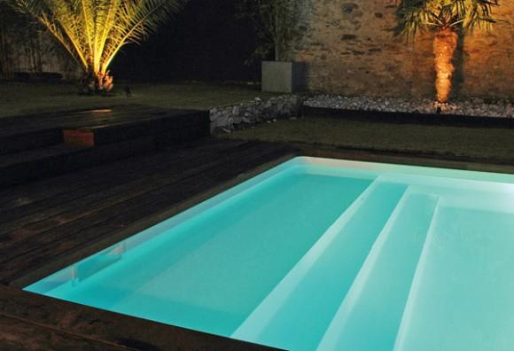plage piscine coque