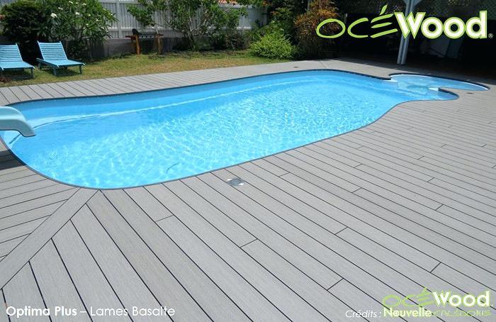 plage piscine en bois composite