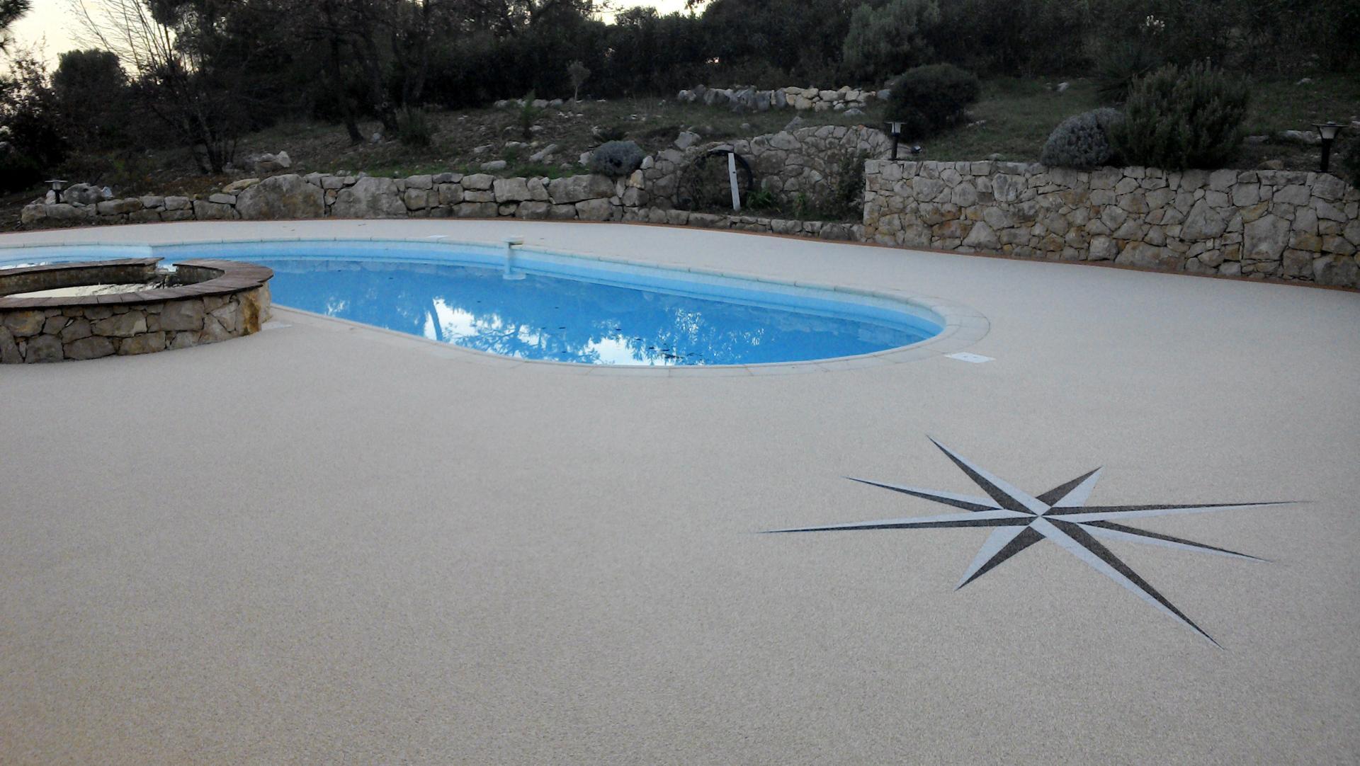 plage piscine granulats