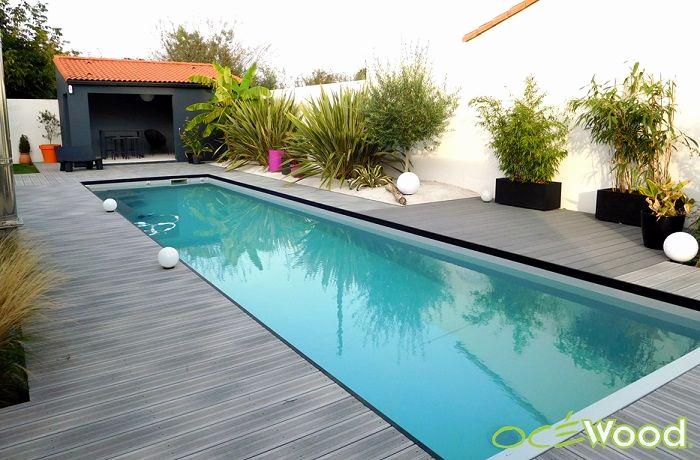 Plage piscine moderne for Deco tour de piscine