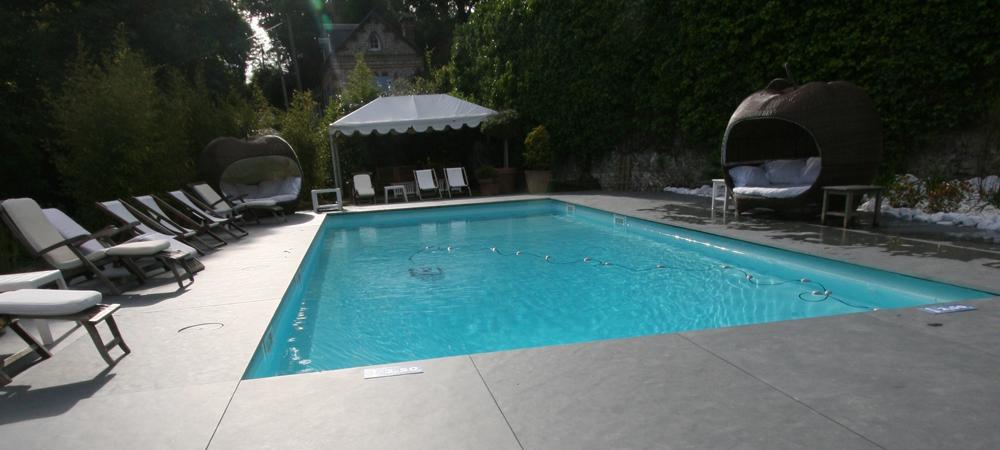 plage piscine noire