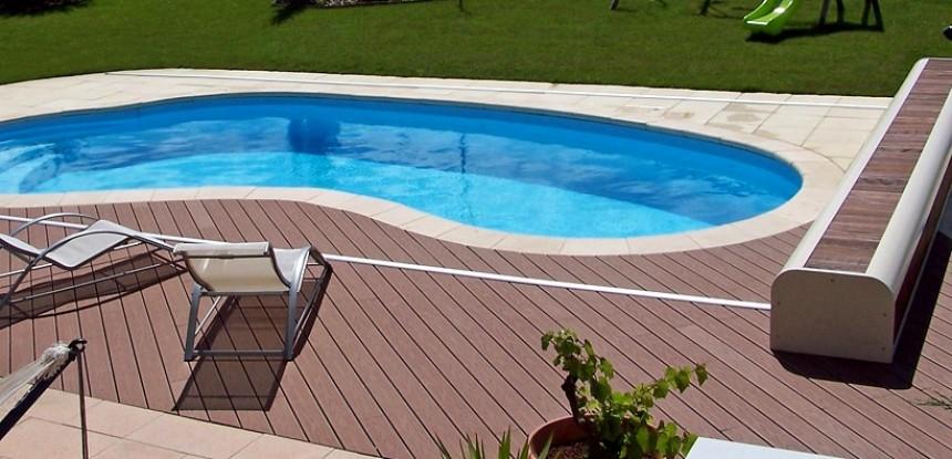 Plage piscine quel materiau - Quel bois pour terrasse piscine ...
