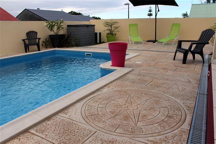 plage piscine reunion